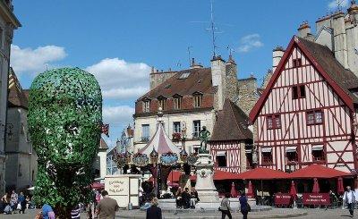Dating Dijon πρώιμα ορόσημα γνωριμιών